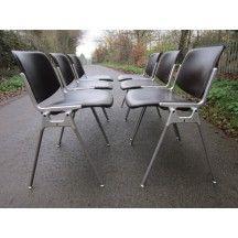 6 chaises en skai vertes Giancarlo Piretti Castelli vintage #chaise #chair #skai #Giancarlo #Piretti #Castelli #vintage #vert