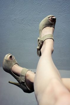 Bow Up - #sexyfeet #sexytoes #footfetish