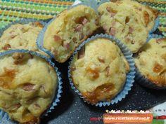 Muffin salati mortadella ed emmenthal | La ricetta per preparare facilmente queste gustose delizie!