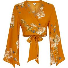 Woven fabric Floral print Wrap style Long split kimono sleeve V neck Tie back Cropped length Our model wears a UK 8 and is tall Mode Kimono, Fancy Tops, Wrap Shirt, Crop Top Outfits, Floral Crop Tops, Mode Style, Long Tops, Long Sleeve Crop Top, Pretty Outfits