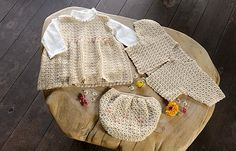 Ravelry: Marshmallow Baby Set (diaper cover) pattern by Pierrot (Gosyo Co., Ltd)