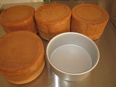 Gaudir: BIZCOCHOS ALTOS Bakery Recipes, Dessert Recipes, Fondant Cakes, Cupcake Cakes, Sweet Cooking, Ganache, Sweets Cake, Pastry Cake, Galette