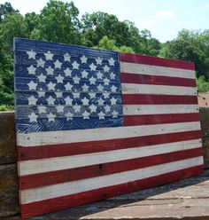 Wooden Flag - Americana - Patriotic Distressed Art - Stars and Stripes by LooneyBinTradingCo on Etsy Wooden American Flag, Wooden Flag, Wooden Signs, Pallet Crafts, Pallet Ideas, Americana Bedroom, Old Pallets, Old Glory, Time To Celebrate