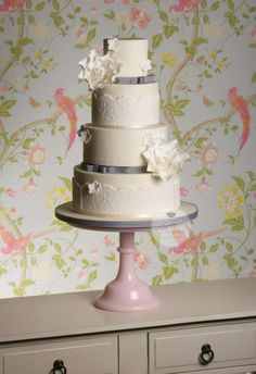 The Designer Cake Company http://www.thedesignercakecompany.co.uk/