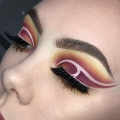 """1,084 Likes, 27 Comments - L U C Y (@lsgmakeup) on Instagram: """"Very unsure about this one ♀️ wearing my beautiful @flawlashofficial lashes """"DRE13"""" inspo…"""""""