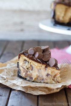 Reeses Peanut Butter Cheesecake from www.tasteandtellblog.com