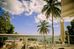 Things are always better in paradise. Love me some Florida Keys!!! | Wedding Dress
