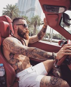Beard and tats Beard Styles For Men, Hair And Beard Styles, Hair Styles, Bart Tattoo, Bearded Tattooed Men, Hot Bearded Men, Beard Grooming, Awesome Beards, Bearded Men