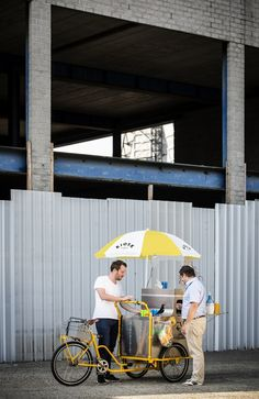 Kiosk 2.0 - mobile 3D printing cart by Unfold #beautyintheckaos http://www.ckaos.com.au/ckaos-blog