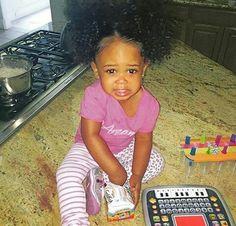 Cute Little Girls, Cute Baby Girl, Cute Babies, Baby Kids, Cute Mixed Kids, Cute Kids, Beautiful Black Babies, Beautiful Children, Future Daughter