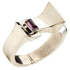 Bracelet | Antonio Pineda (Mexico). 1950's-70's.  Sterling silver and amethyst