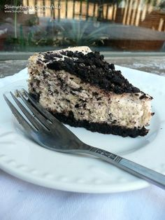CopyCat Cheesecake Factory Oreo Cheesecake ~ from Sumptuous Spoonfuls (Cheesecake Recipes Oreo) Cheesecake Factory Oreo Cheesecake, Cheesecake Factory Recipes, Birthday Cheesecake, Raspberry Cheesecake, Chocolate Cheesecake, Pumpkin Cheesecake, Just Desserts, Dessert Recipes, Health Desserts