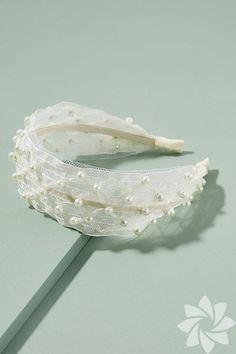 2019 trendi: Taç – HTHayat – Hair is art Head Wrap Headband, Wide Headband, Turban Headband Tutorial, Headband Hairstyles, Diy Hairstyles, Wedding Hairstyles, Bridal Headpieces, Fascinators, Bandeau Large