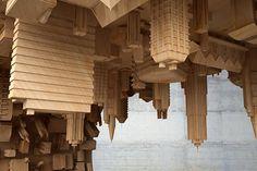 mousarris-волновой город-журнальный столик-DesignBoom-01