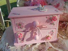 SALE...Shabby Pink Sweet Lil Vintage Chest Pink Roses Marie Antionette Oh La La So Paris