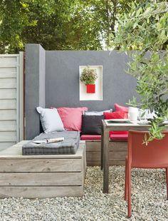 Espaços de relax ao ar livre. Outdoor decor.                              …