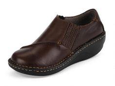 Women's Lady Fingers Slip On - The comfort of a sneaker - dressed up!  #eastlandshoe