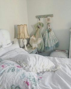 Marvelous 25 Modern Shabby Chic Decor Ideas https://decoratio.co/2017/11/16/25-modern-shabby-chic-decor-ideas/ In case you go for dresses, they may be knitted as well and wearing them with some colorful boots will provide you with a trendy look.