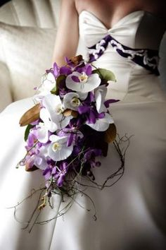 bridal bouquet of orchids Gorgeous, but ridiculously out of my price range. Orchid Bouquet Wedding, Purple Wedding Flowers, Bride Bouquets, Floral Bouquets, Floral Wedding, Purple Orchids, White Orchids, Wedding Wishes, Wedding Bells