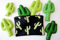 Cactus makeup bag black toiletry bag small zipper purse