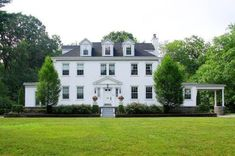 White Houses Fashionable, Even After Labor Day (PHOTOS) - Real Estate News and Advice - realtor.com