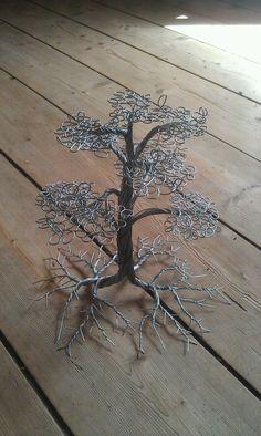 Wire tree