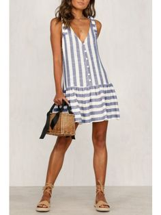 Commuting V Neck Stripe Off-Shoulder Single-Breasted Dress – modevova mini fashion,pretty dresses,dresses women,dresses fashion Simple Dresses, Casual Dresses, Casual Outfits, Dresses Dresses, Mini Dresses, Casual Clothes, Ball Dresses, Pretty Dresses, Rainbow Sweater