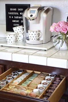 10 DIY Coffee Bar Cabinet Ideas for the Perfect Cup of Joe – Home coffee stations Coffee Area, Coffee Nook, Coffee Corner, Bunn Coffee, Coffee Bar Station, Home Coffee Stations, Tea Station, Beverage Stations, Kitchen Organization