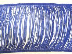 Entremeio em poliéster (Azul). Entremeio em poliéster coloridos. Faz composê com diversos tecidos da Kite. Fácil de aplicar e manusear!  Composição: 100% Poliéster Largura: 0,16 m (variação 0,15 a 0,17) Gramatura: 256 g/m2 (variação 252 a 260) Gramatura linear: 41 g/ml Encolhimento médio: 3%