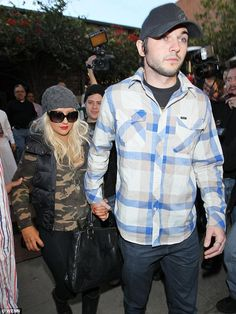 Christina Aguilera 'pregnant with fiance Matthew Rutler's child' | Mail Online