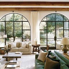 Arch windows offer a dramatic style that naturally catches the eye and elevates the architectural feel of the home. In a traditional home, it can bring a touch of sophisticated modernity.