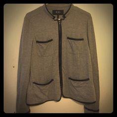 BCBG blazer Great BCBG blazer size L BCBG Jackets & Coats Blazers