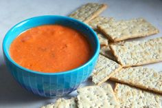Sometimes, you need a dip with attitude. This pepper and Sriracha dip is smoky, creamy, spicy and delicious – not to mention great for large groups of people and super easy to make. Super Bowl Weekend, Magic Bullet, Roasted Peppers, Nutribullet, Vegan Friendly, Spice Things Up, Vegan Vegetarian, Dips, Spicy