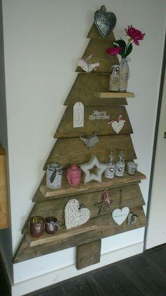 Christmas stree wood/ kerstboom steigerhout