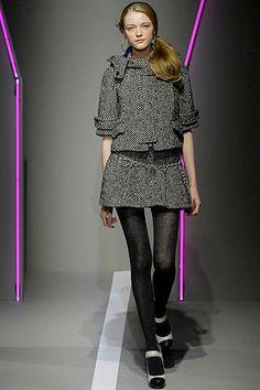DKNY Fall 2007 Ready-to-Wear collection, runway looks, beauty, models, and reviews. Vlada Roslyakova, Fashion Show, Fashion Design, Donna Karan, Modern Luxury, Winter Collection, Peplum Dress, Ready To Wear, Runway