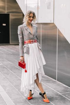 The Best Street Style Looks From New York Fashion Week Street Style 2018, Looks Street Style, Street Style Summer, Fashion Weeks, Fashion Outfits, Fashion Tips, Fashion Design, Fashion Fashion, Fashion Trends