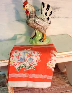 This vintage style hand towel was created with a retro vibe in mind in a retro red color scheme. Display it in your vintage kitchen or give it as a gift. Retro Vintage, Vintage Love, Vintage Kitchen, Vintage Ideas, Vintage Style, Country Farmhouse Decor, Country Chic, French Country, Red Color Schemes