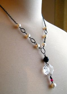 Crystal keepsake - titanium-tone links necklace with faceted glass and pearls