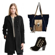 This fall you should pick this tote leather bag from the New Prive Collection.