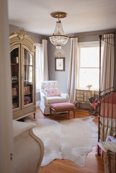 A Nursery Expert answers the Top 4 FAQs on Buying Nursery Furniture - what you need and when! | Project Nursery