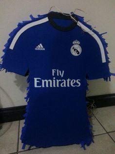 Piñata del Real Madrid p los fanáticos