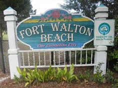 Fort Walton Beach welcome sign