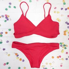 It's #giveaway time! Roses are Red Violets are Blue Single or Taken We got you! This V Day we are giving away some lovely treats to 6 of our babes! We will be gifting 2 Dozen @sprinklescupcakes a @lolliswim Palms Print kini our #exclusive @indahclothing suit the rainbow beach blanket from @mayde_australia a @koparibeauty gift bag and a @lspaceswim Chloe Wrap Top Monique Bottoms in Geranium (pictured above!) To be our Valentine repost this photo or your fave #bikinibird photo with…