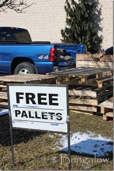 DIY:  How to Disassemble a Pallet + How To Transfer Letters Onto Pallet Wood. Picture tutorial shows step by step how to easily disassemble a pallet - via The Bungalow Blog