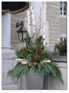 Decorating With Urns {Christmas Edition} Outdoor Christmas Porch Decorations Gardening : Christmas Urn Christmas Porch, Outdoor Christmas Decorations, Country Christmas, Winter Christmas, Christmas Crafts, Winter Porch, Christmas Ideas, Christmas Ornament, Primitive Christmas