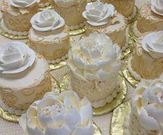 Wedding Cupcakes inspiration for cupcakesandcity.blogspot.com