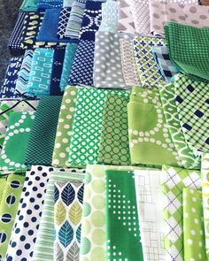 New projects, pulling fabric, and the Essentials - Diary of a Quilter - a quilt blog