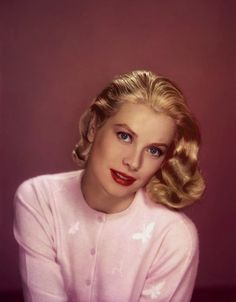 vintagebreeze: Grace Kelly in color.Dug into my archive and found this.
