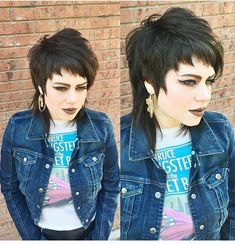 Hare mooi Funky Short Hair, Edgy Hair, Short Hair Cuts, Hair Brained, Hair Color For Women, Pixie Hairstyles, Great Hair, Hair Inspo, Hair Inspiration