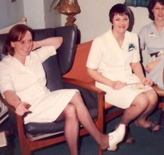 Dr Scholl, Wooden Sandals, Sexy Legs And Heels, Clogs Shoes, Female, Nurses, How To Wear, Retro, Girls